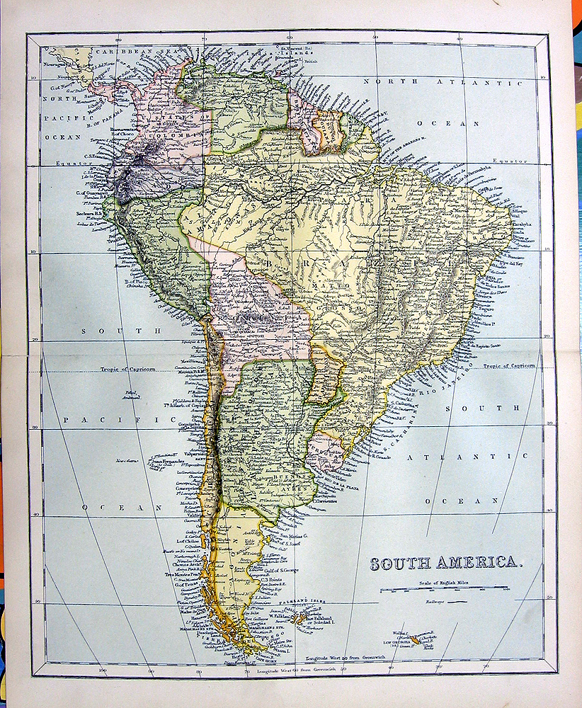 World maps deals on 1001 blocks for What color is south america